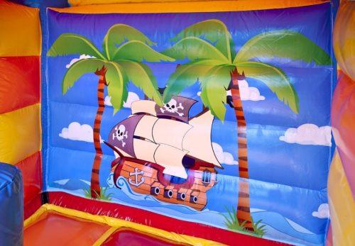 springkussen-piraat-471